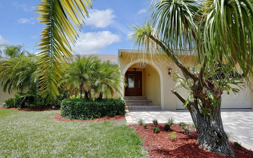 300 Capistrano Ct, Marco Island - House For Sale 1581162635