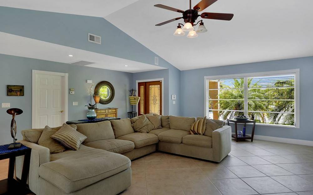 300 Capistrano Ct, Marco Island - House For Sale 999802434