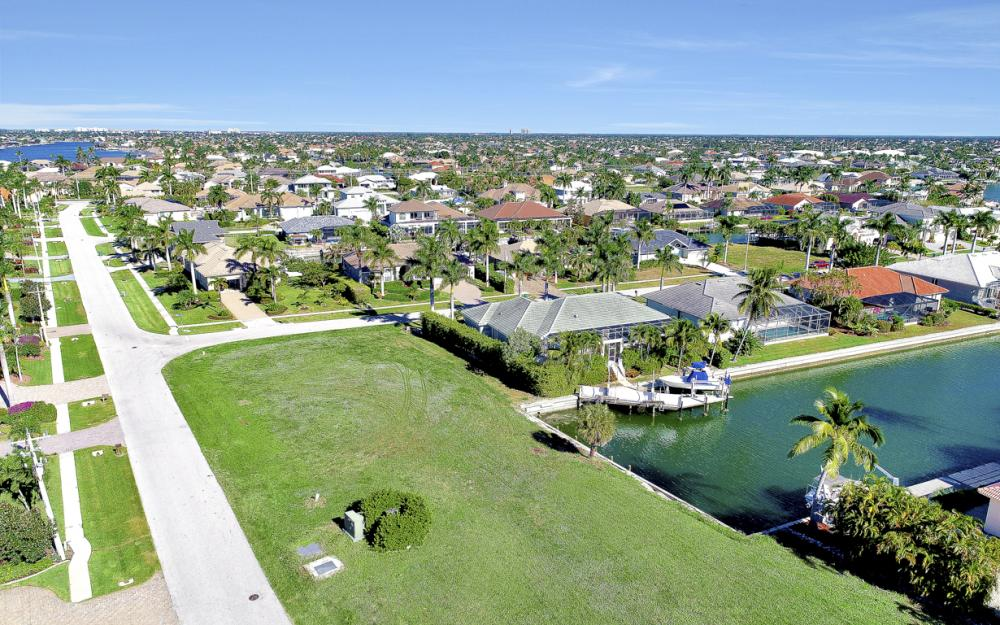 681 Partridge Ct, Marco Island - Lot For Sale 1079312679