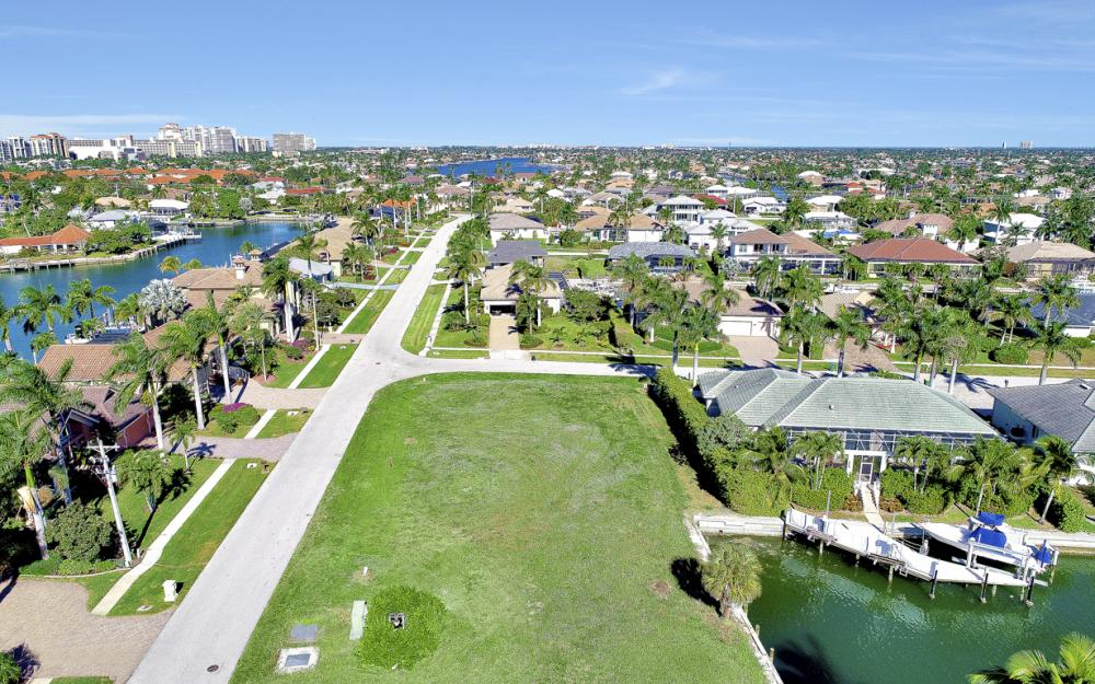 681 Partridge Ct, Marco Island - Lot For Sale 1121001946