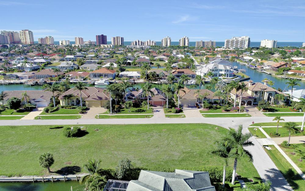 681 Partridge Ct, Marco Island - Lot For Sale 97284495