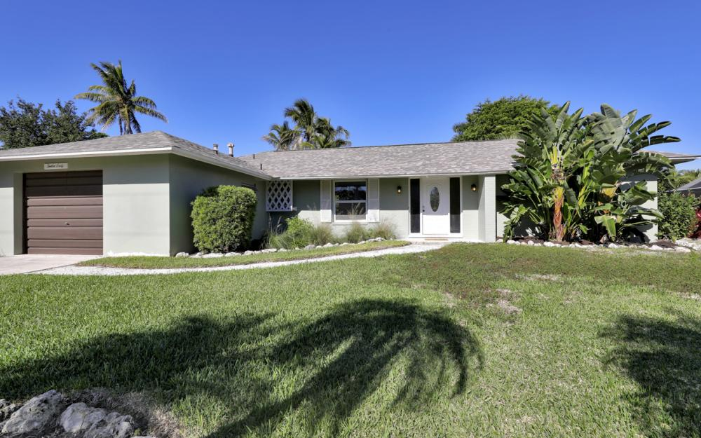 1260 Skylark Ave, Marco Island - Home For Sale 880744559