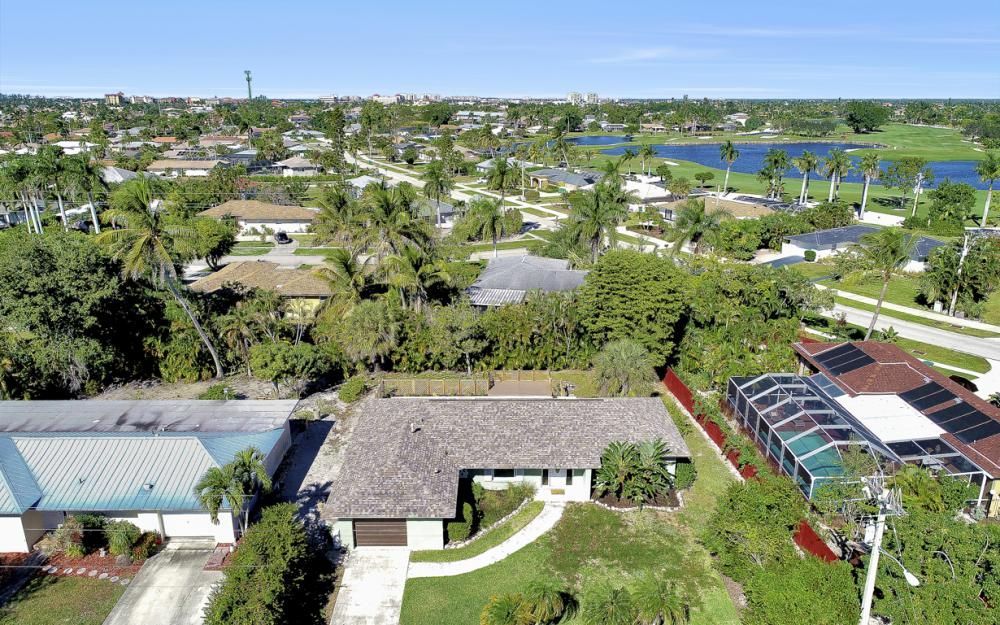 1260 Skylark Ave, Marco Island - Home For Sale 1049262838
