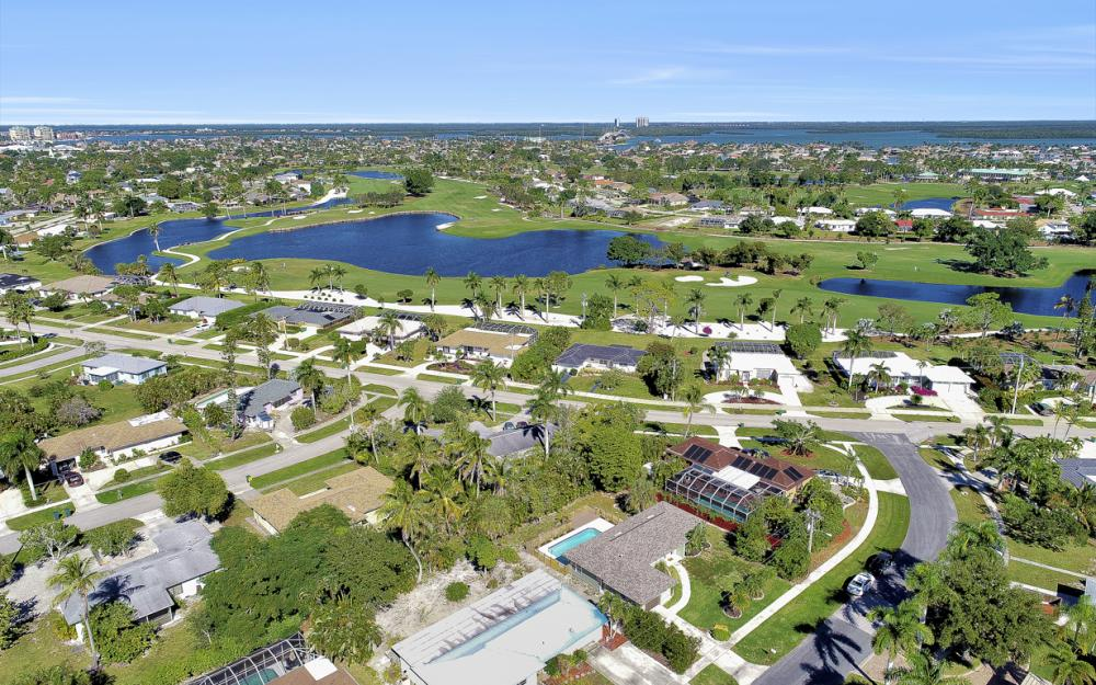 1260 Skylark Ave, Marco Island - Home For Sale 792170074