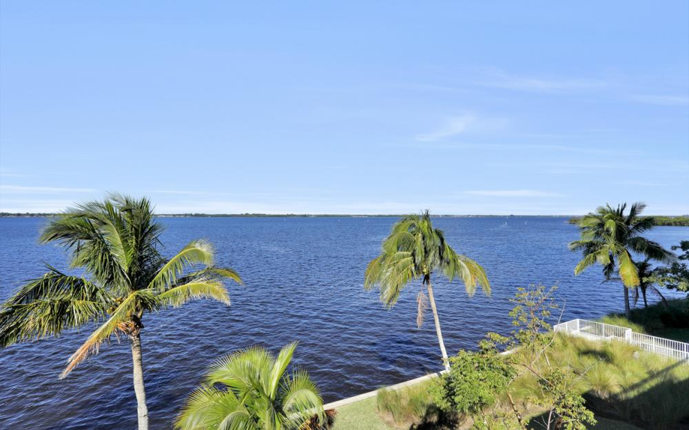 2743 First St. #2705, Fort Myers - Condo For Sale 572683376
