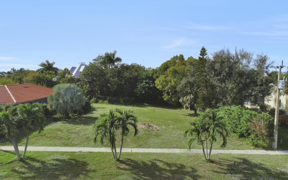 730 Kendall Dr, Marco Island - Lot For Sale 1787440029