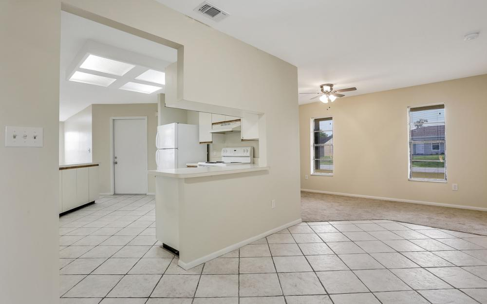 17144 Antigua Rd, Fort Myers - Home For Sale 1143537269