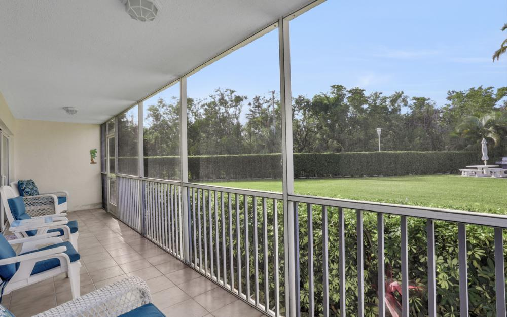 1 Bluebill Ave #109, Naples - Condo For Sale 92938863