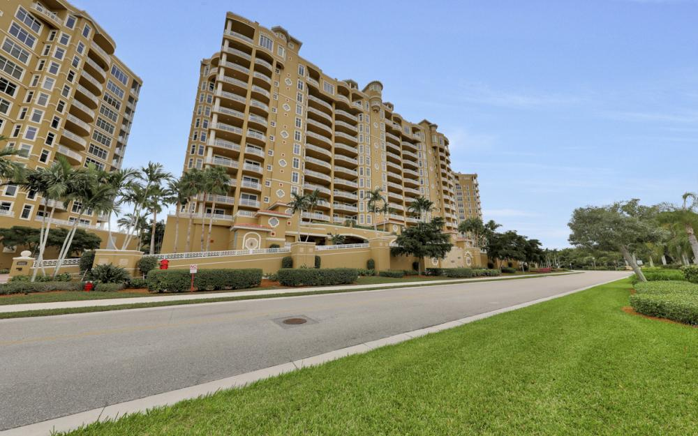 6061 Silver King Blvd #304, Cape Coral - Condo For Sale  819926850