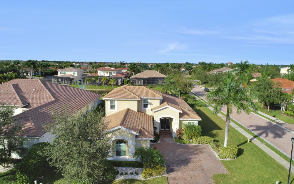 6836 Il Regalo Cir, Naples - Home For Sale 1208934898