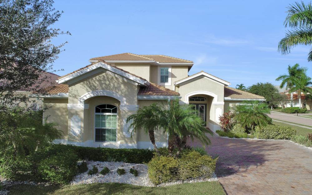 6836 Il Regalo Cir, Naples - Home For Sale 1575631830