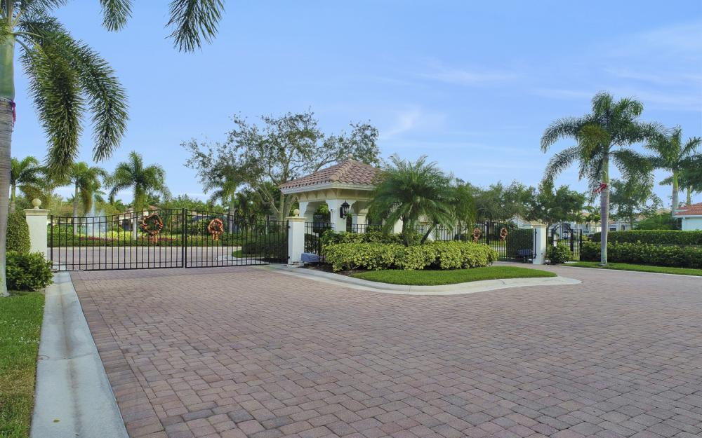 6836 Il Regalo Cir, Naples - Home For Sale 1450553516