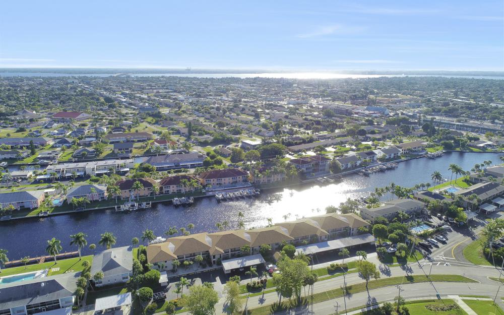 4525 Country Club Blvd #107, Cape Coral - Condo For Sale 951175949