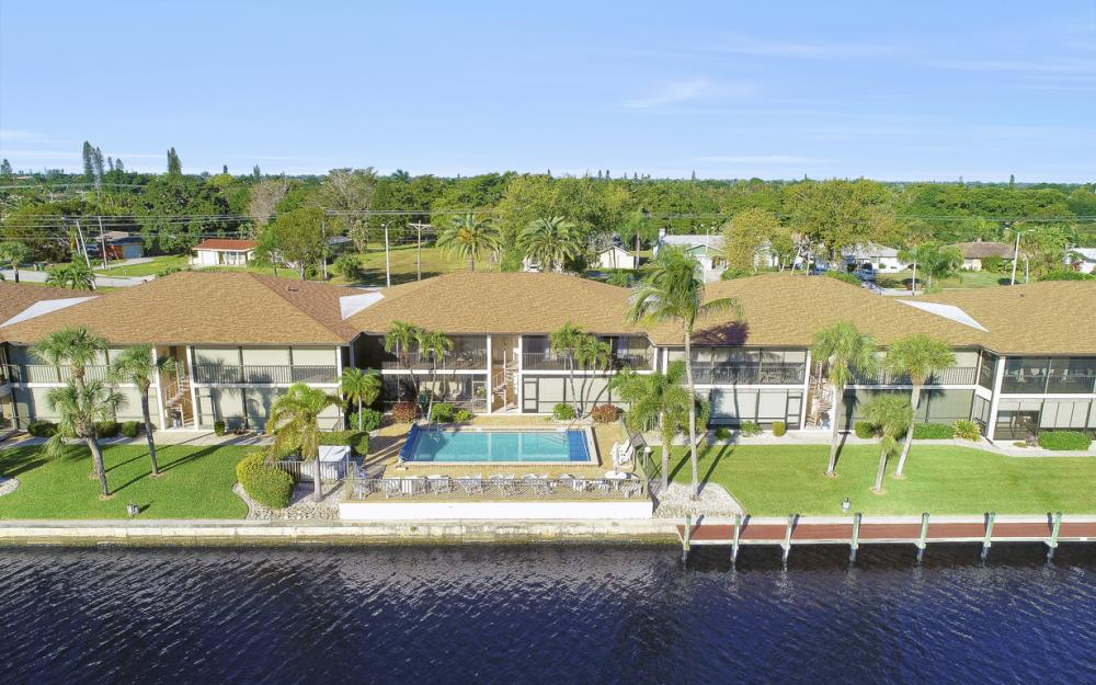 4525 Country Club Blvd #107, Cape Coral - Condo For Sale 46180044