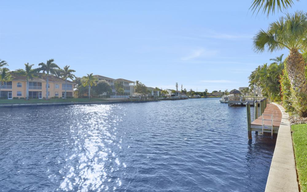 4525 Country Club Blvd #107, Cape Coral - Condo For Sale 2027607422