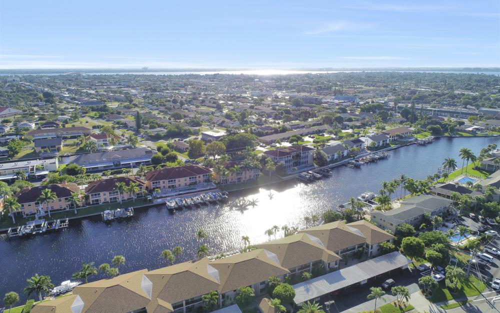 4525 Country Club Blvd #107, Cape Coral - Condo For Sale 1321171132