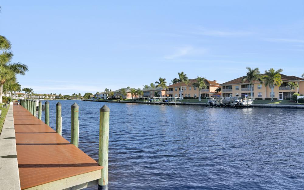 4525 Country Club Blvd #107, Cape Coral - Condo For Sale 379023972