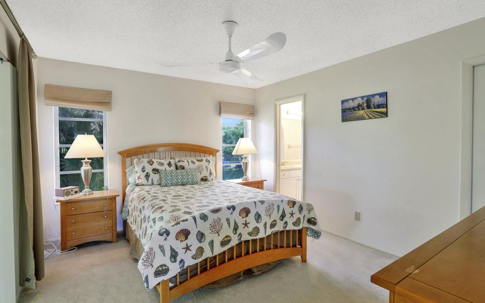 16741 San Carlos Blvd, Fort Myers - Home For Sale 1167281049
