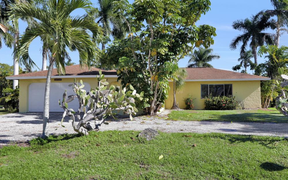 16741 San Carlos Blvd, Fort Myers - Home For Sale 741688375