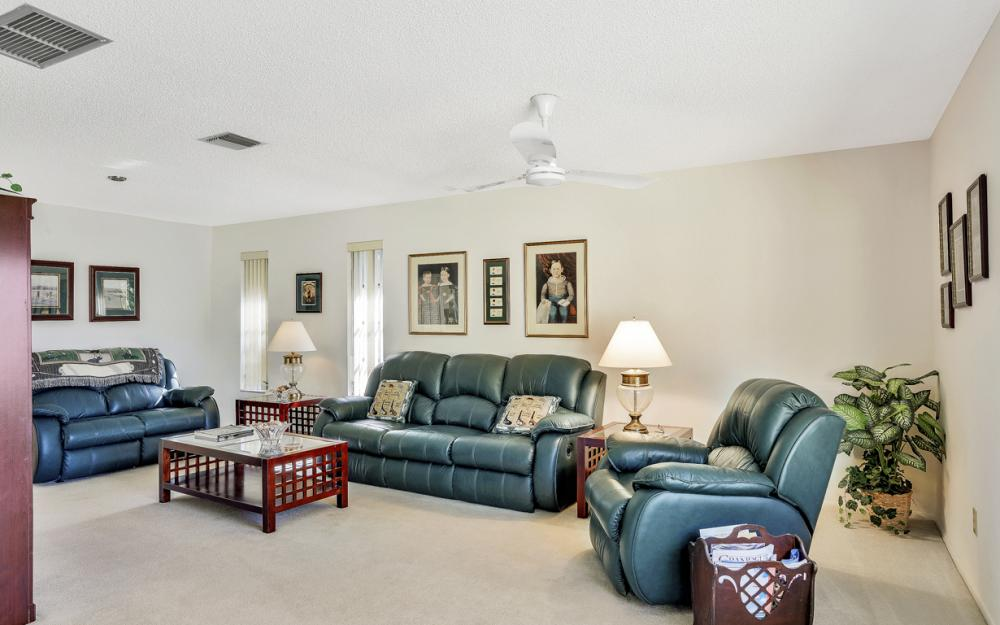 16741 San Carlos Blvd, Fort Myers - Home For Sale 1738563098