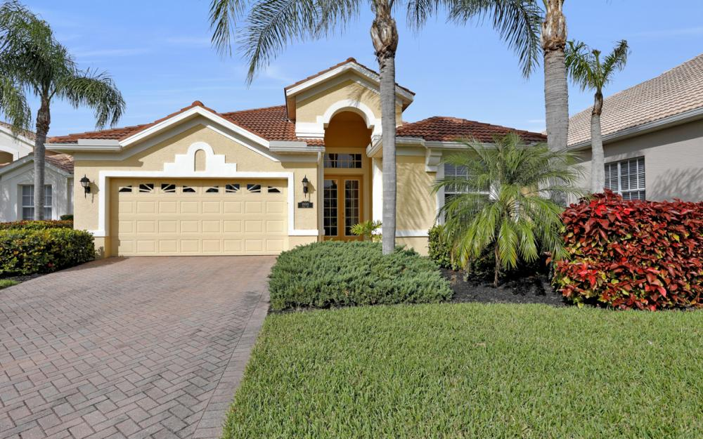 10001 Isola Way, Miromar Lakes - Home For Sale 2092897610