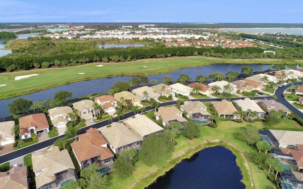 10001 Isola Way, Miromar Lakes - Home For Sale 925895043