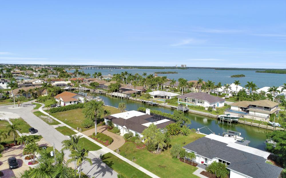 475 Balsam Ct, Marco Island - Vacation Rental  32990481