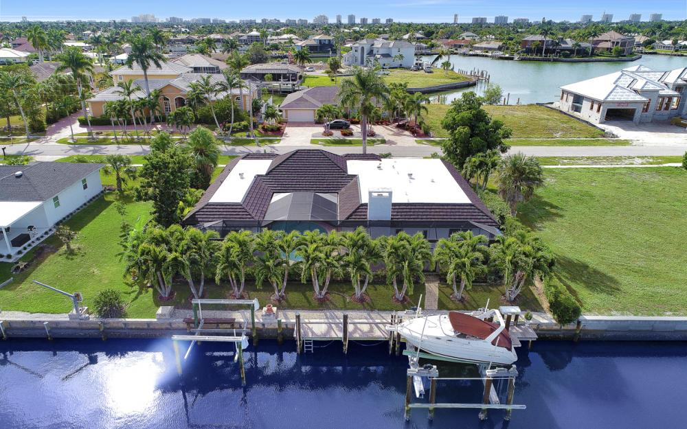 475 Balsam Ct, Marco Island - Vacation Rental  489830814