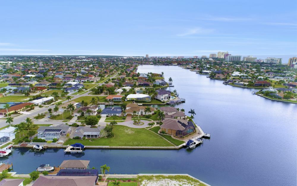 1020 Dill Ct, Marco Island - Lot For Sale 2101913812