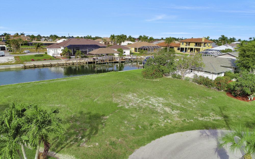 1020 Dill Ct, Marco Island - Lot For Sale 291273191