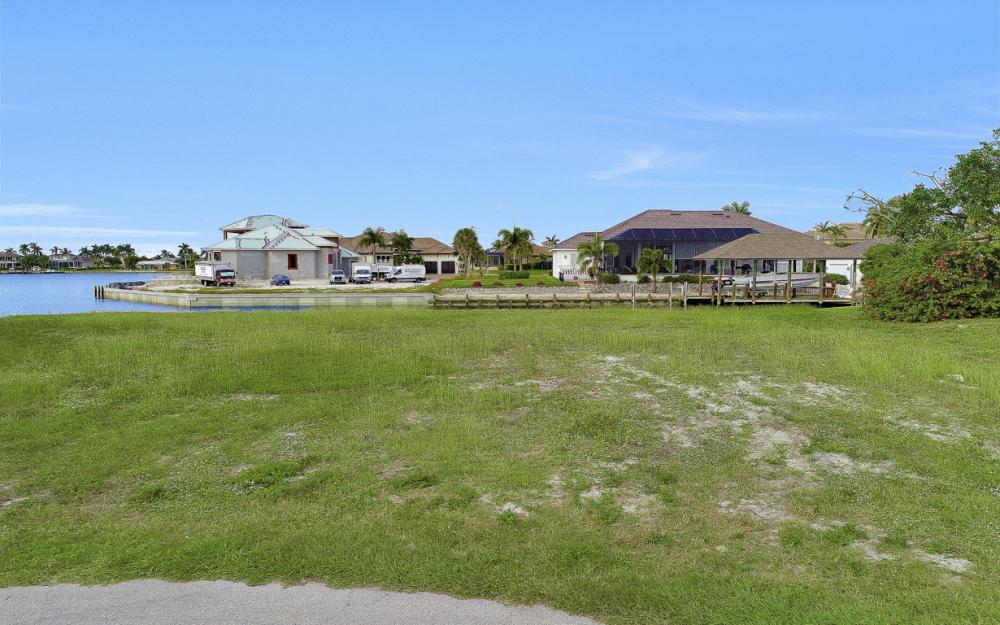 1020 Dill Ct, Marco Island - Lot For Sale 745571472