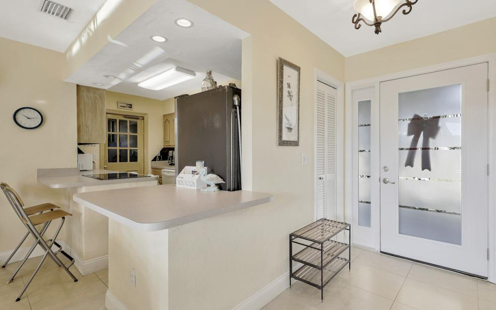 805 Saturn Ct, Marco Island - Home For Sale 1446552511