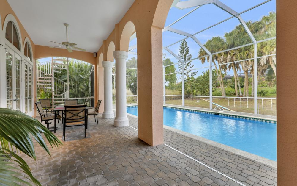 1570 Doxee Ter, Marco Island - Home For Sale 842227756