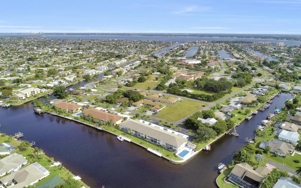 4034 SE 12th Ave #101, Cape Coral - Condo For Sale 508782293