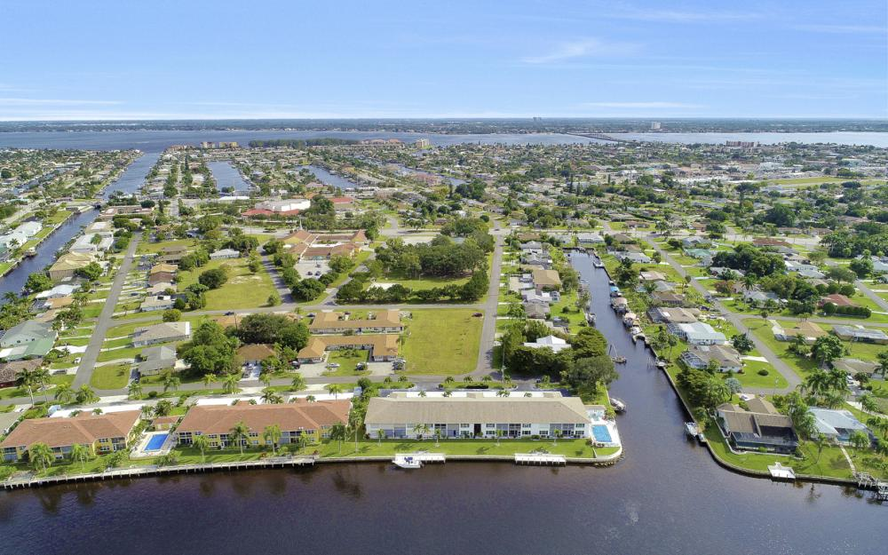 4034 SE 12th Ave #101, Cape Coral - Condo For Sale 1159666808