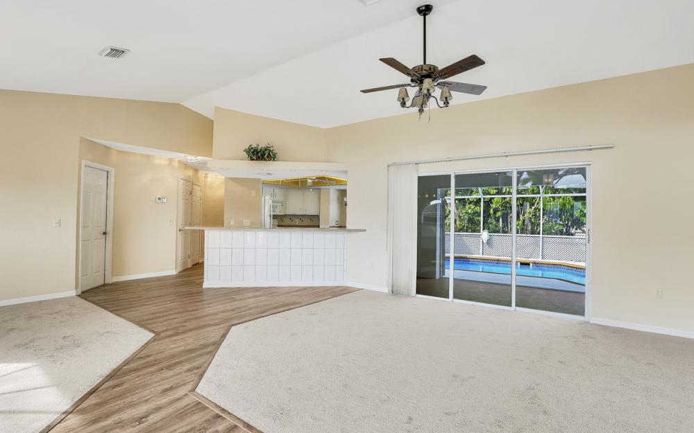 101 SE 43rd St, Cape Coral - Home For Sale 393452687
