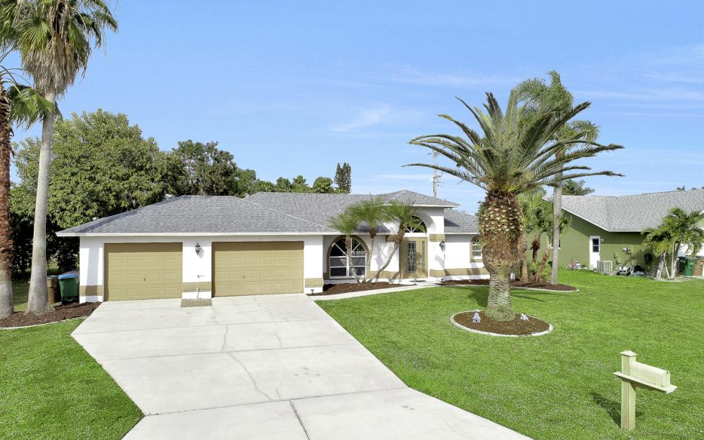 101 SE 43rd St, Cape Coral - Home For Sale 1719344690