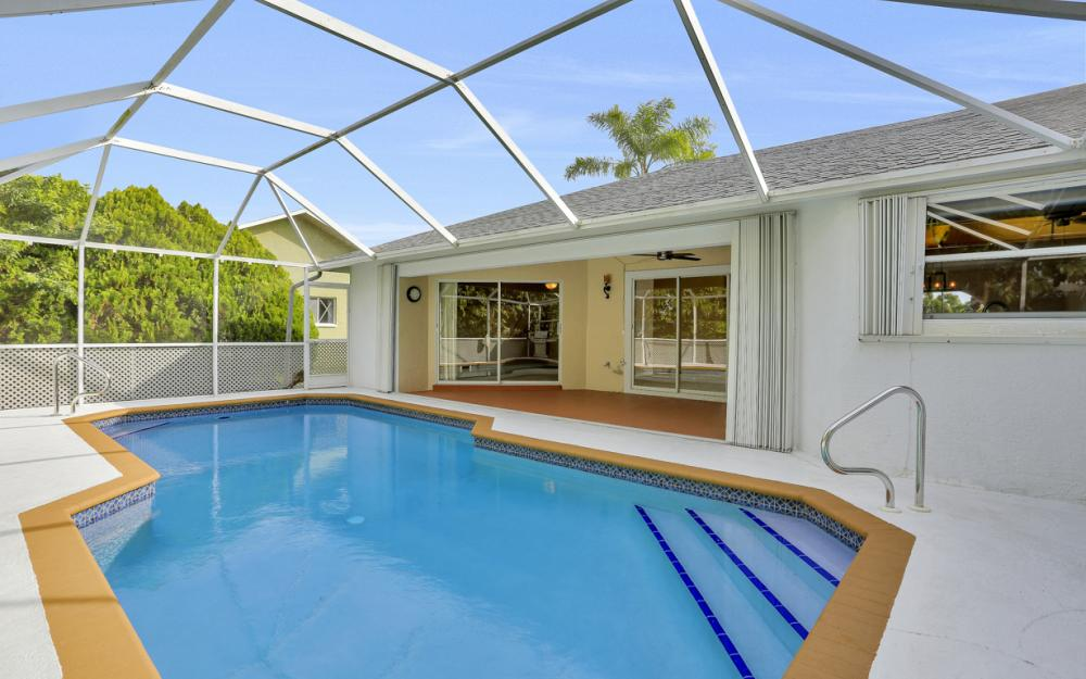 101 SE 43rd St, Cape Coral - Home For Sale 2097204903