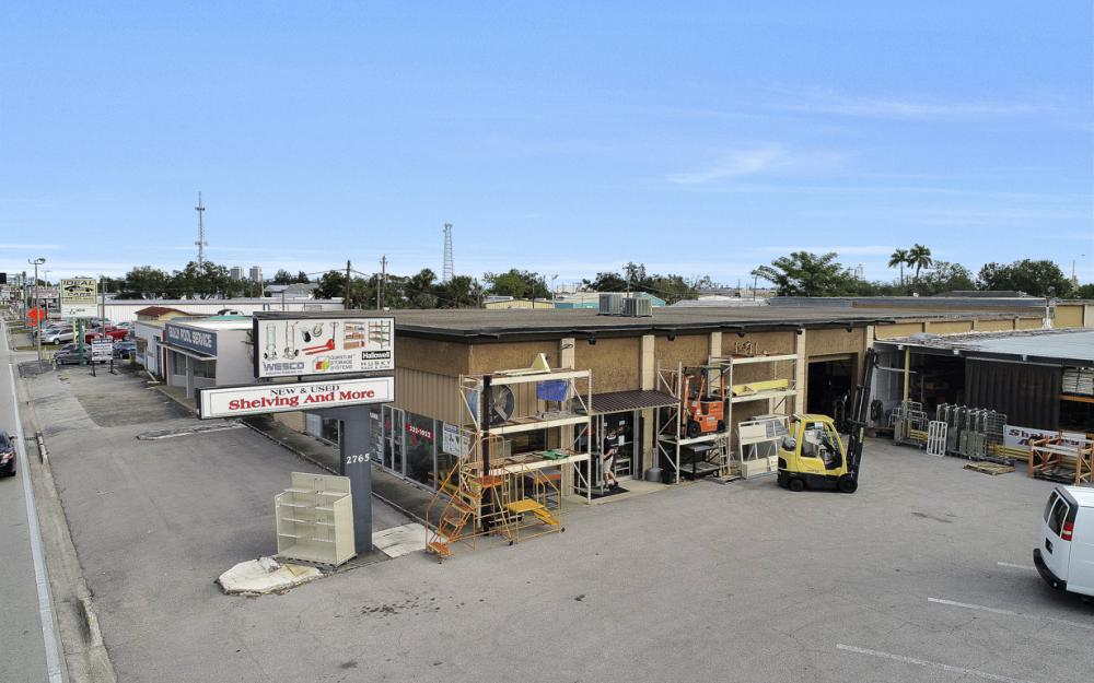 2765 Fowler St, Fort Myers - Commercial Building For Sale 169515452