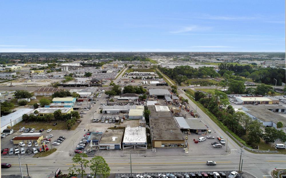 2765 Fowler St, Fort Myers - Commercial Building For Sale 1320863604