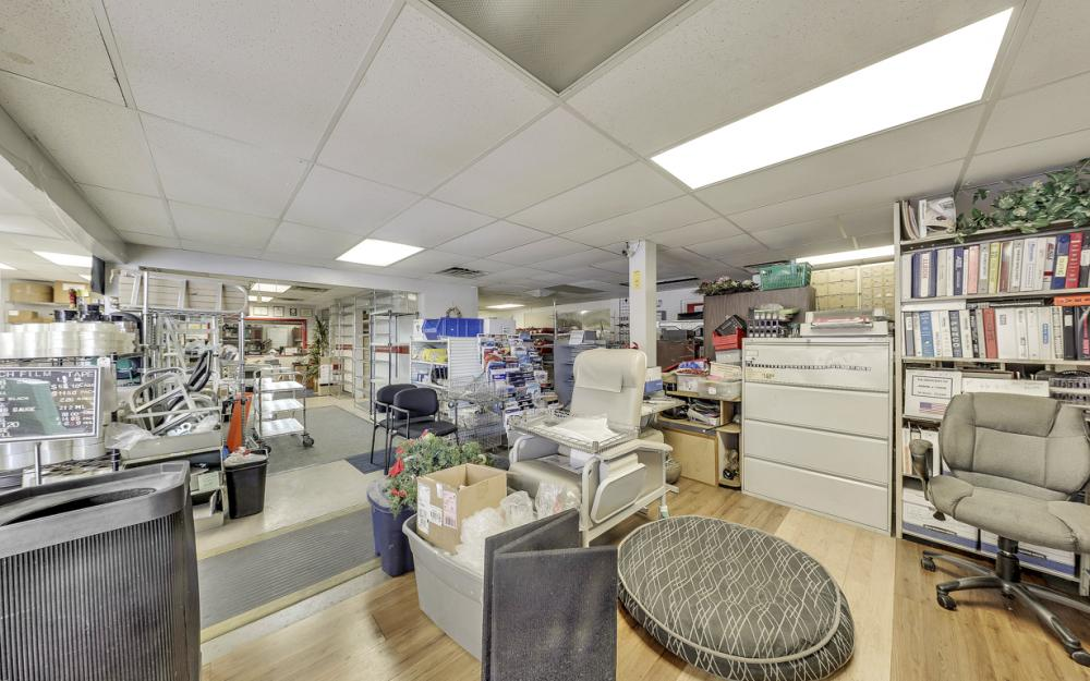 2765 Fowler St, Fort Myers - Commercial Building For Sale 584855852