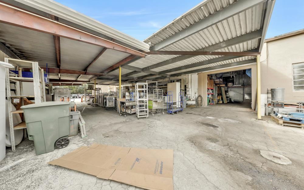 2765 Fowler St, Fort Myers - Commercial Building For Sale 1513489785