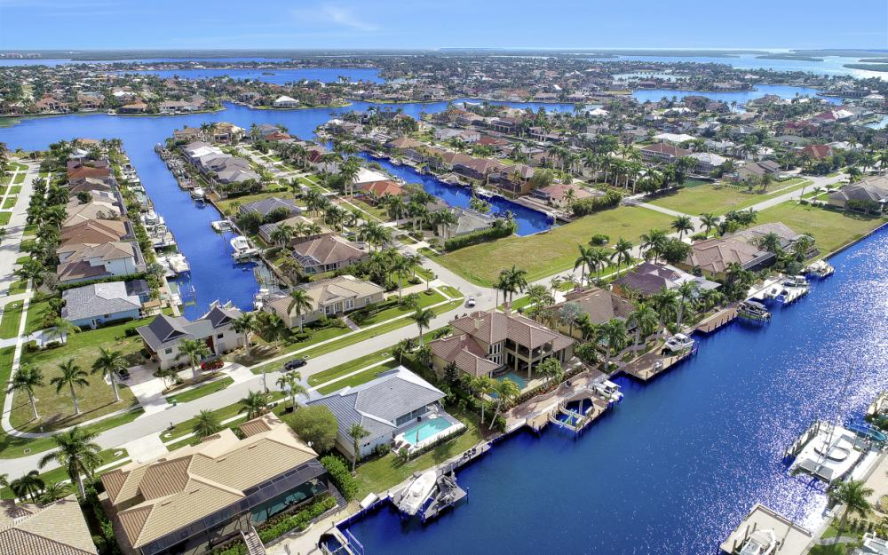 650 Partridge Ct, Marco Island - Home For Sale 750349382
