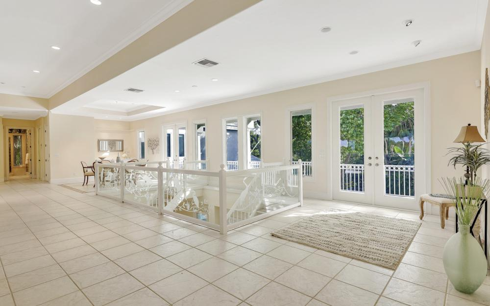2984 Wulfert Rd, Sanibel - Home For Sale 230355709
