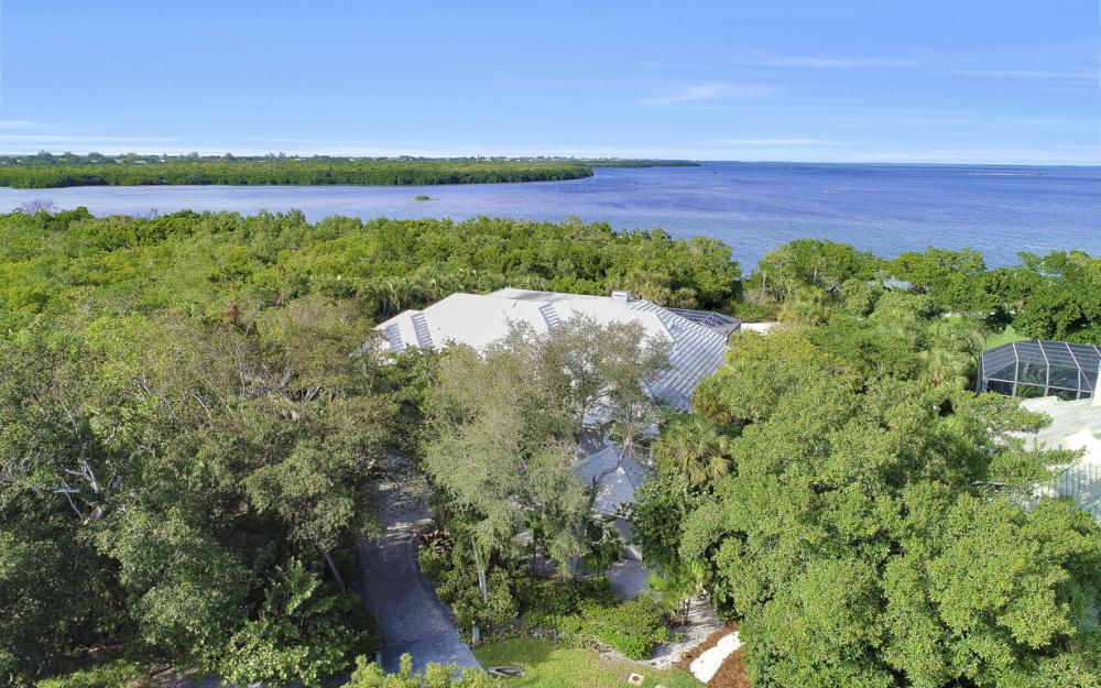 2984 Wulfert Rd, Sanibel - Home For Sale 1514519058