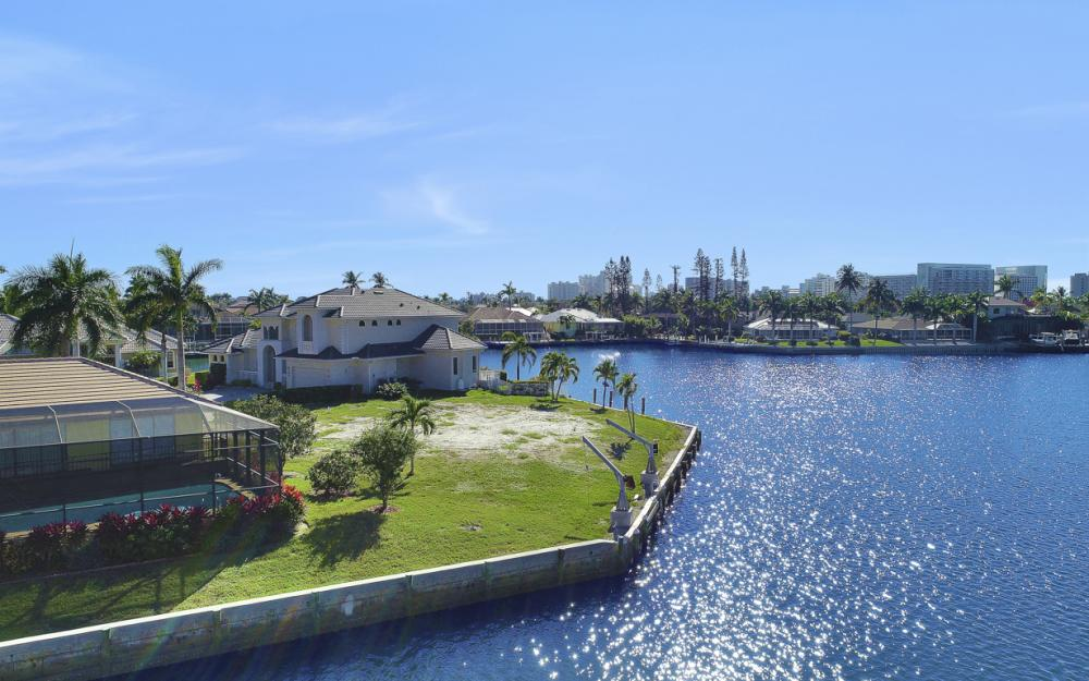 498 Adirondack Ct, Marco Island - Lot For Sale 940089815