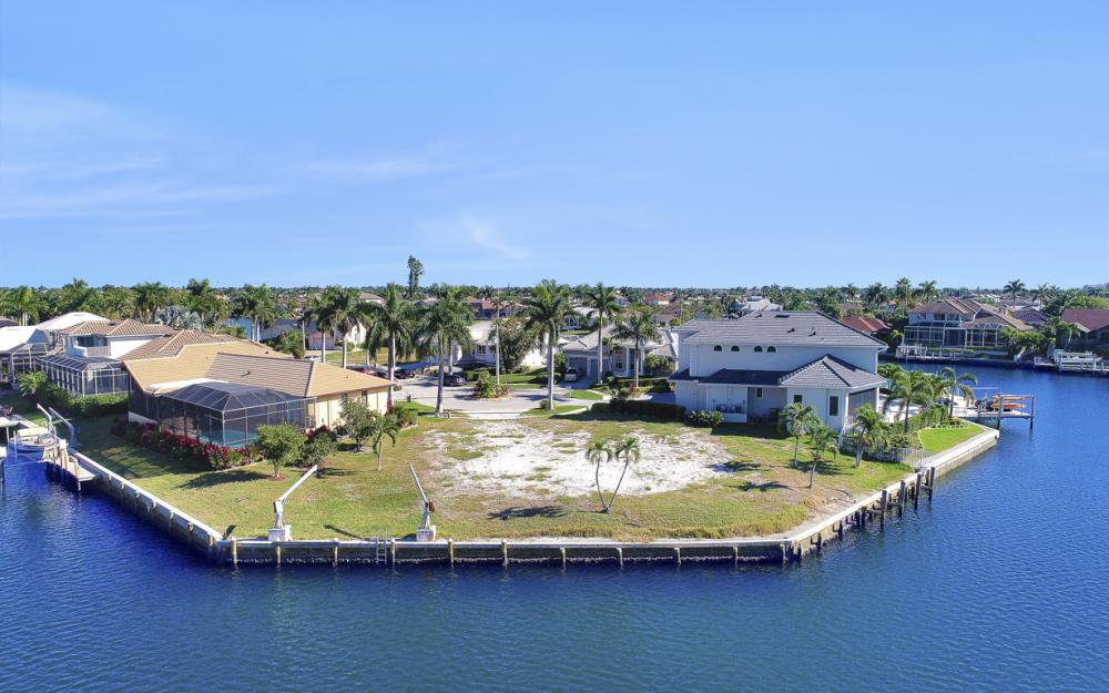 498 Adirondack Ct, Marco Island - Lot For Sale 130679734