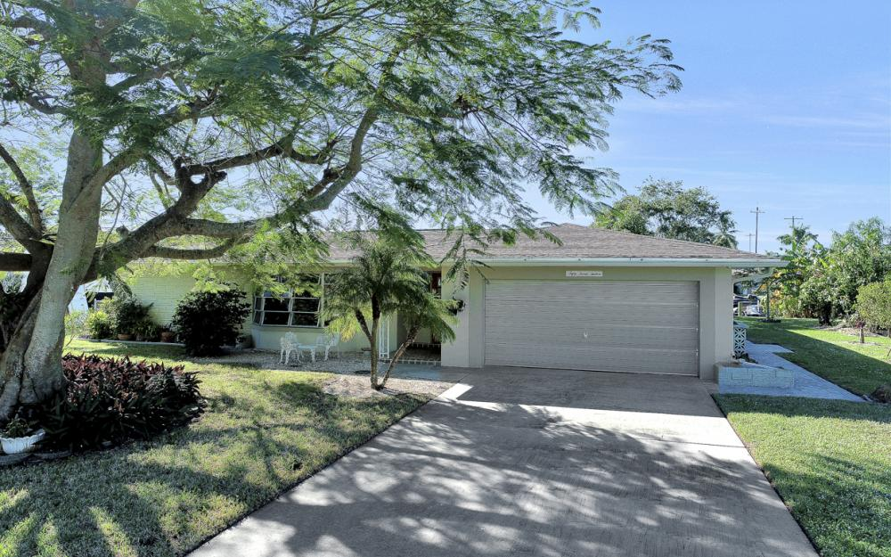 5312 Baypoint Ct, Cape Coral - Home For Sale 1238363074