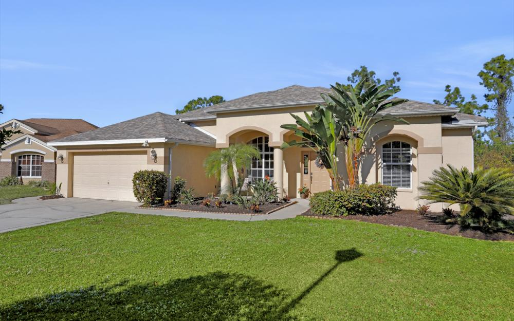 1545 Honor Ct, Lehigh Acres - Home For Sale 2070055315