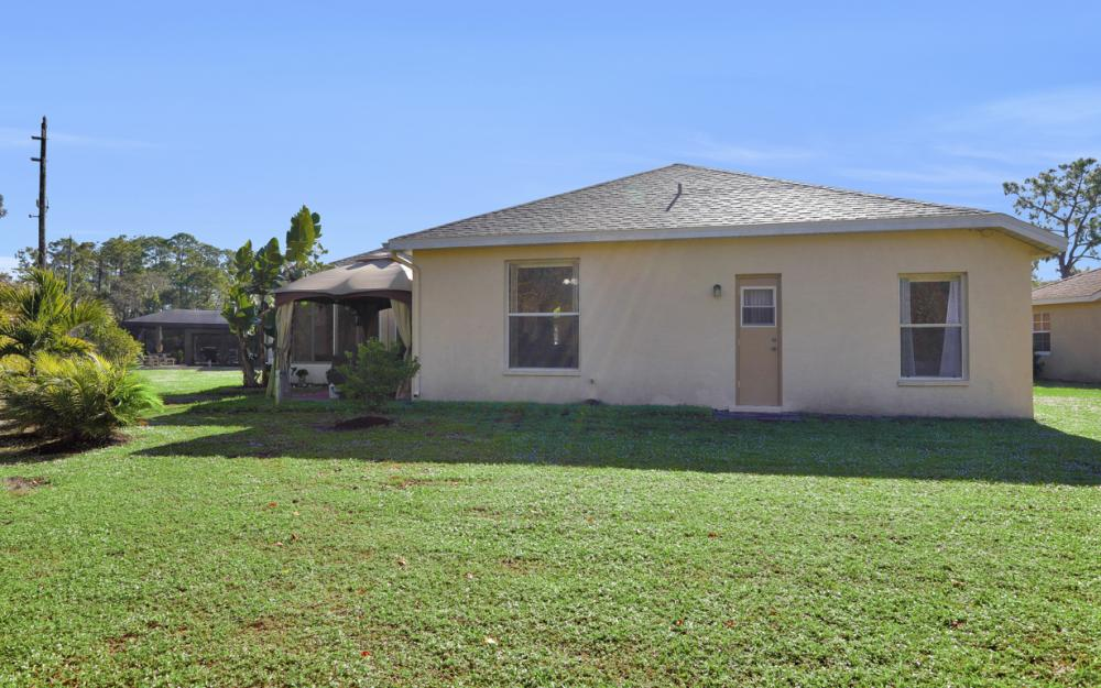 1545 Honor Ct, Lehigh Acres - Home For Sale 561513274